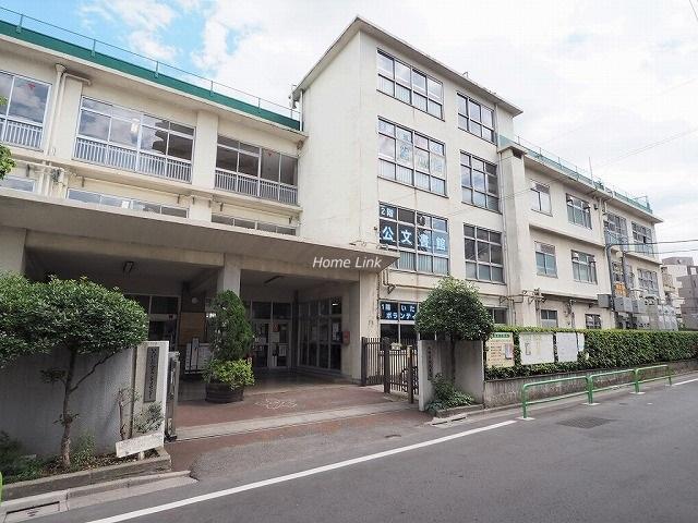 サンライン板橋本町周辺環境 いたばしボローニャ子ども絵本館