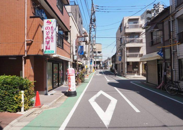 サンライン板橋本町 前面道路