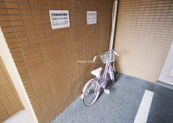 ダイアパレスエスタヴォール大山 子供用自転車専用置場