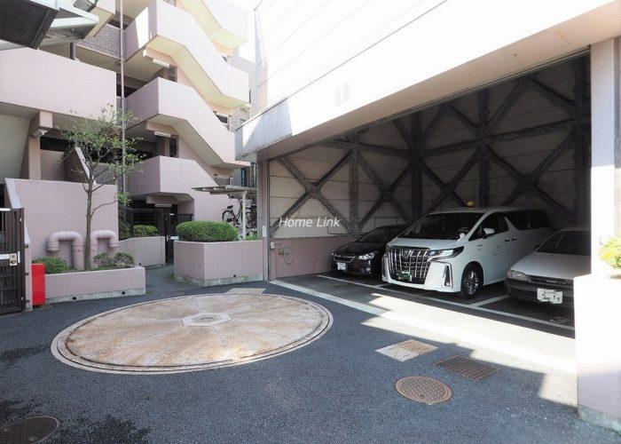 ナイスアーバン徳丸 駐車場