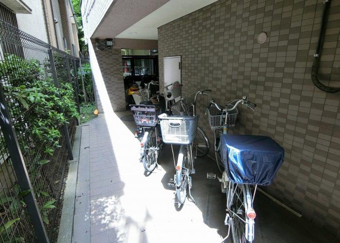 ナイスアーバン徳丸 駐輪場