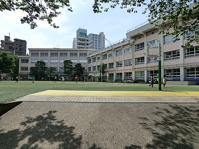 ダイアパレスエスタヴォール大山周辺環境 板橋第六小学校
