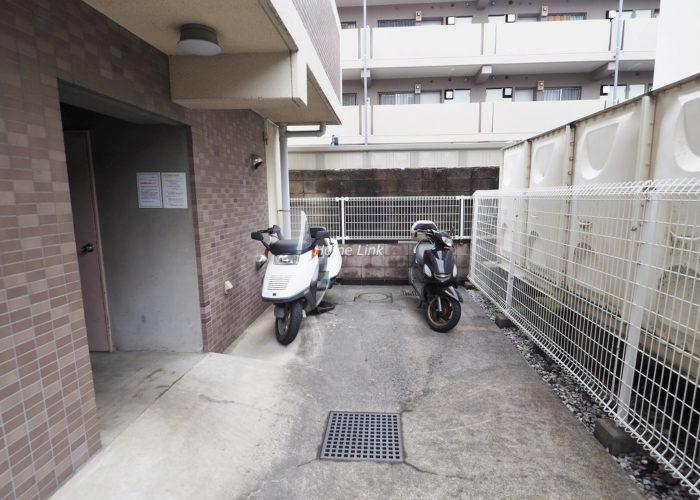 常盤台宝マンション バイク置場