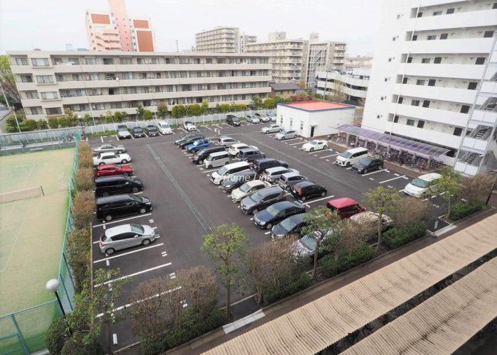 秀和蓮根レジデンス 平置き駐車場