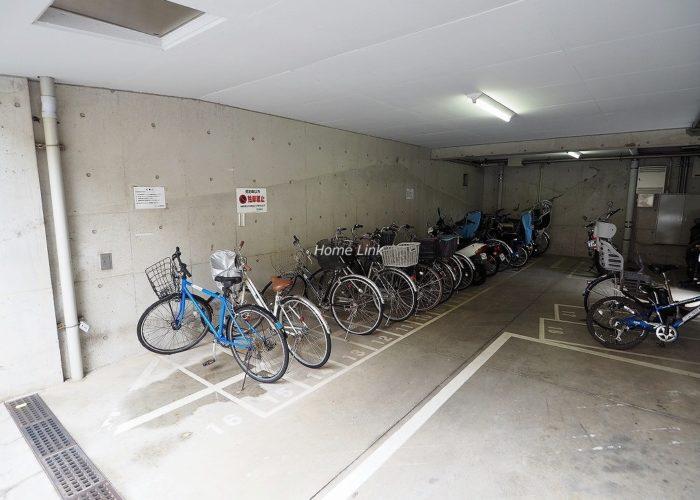 サラータ赤塚 駐輪場