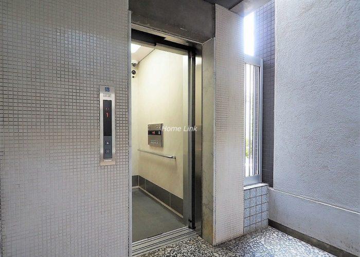サラータ赤塚 エレベーター