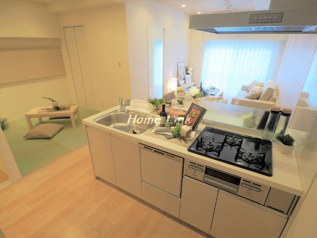ニューハイム板橋3階 開放感のあるフルオープンキッチンからのLDK