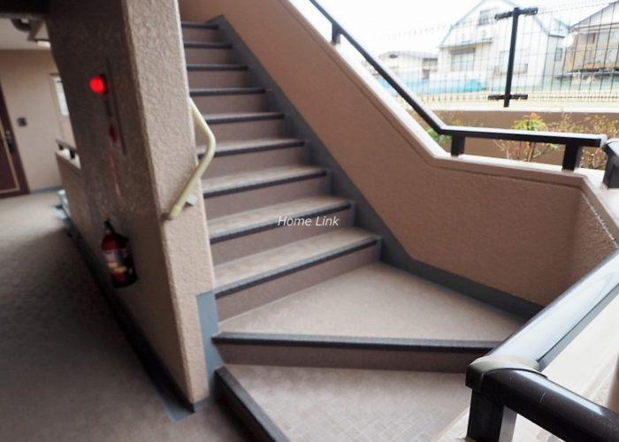 セザール第2赤塚公園 階段