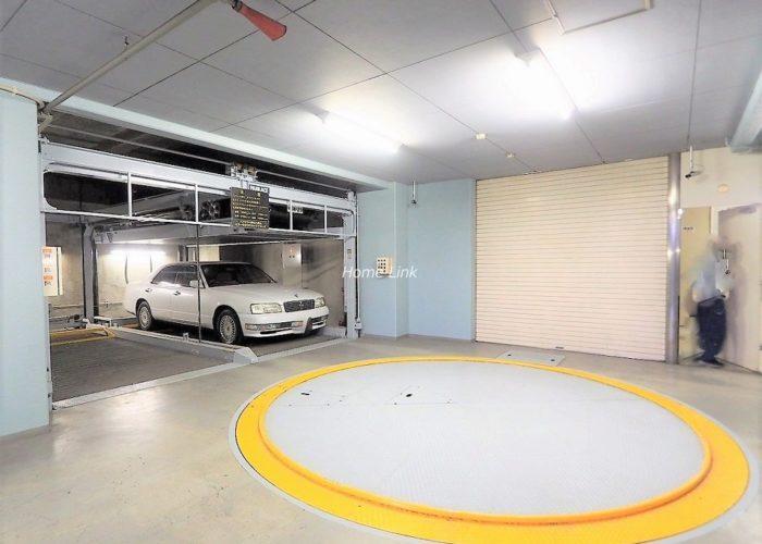 グランドメゾン成増 駐車場