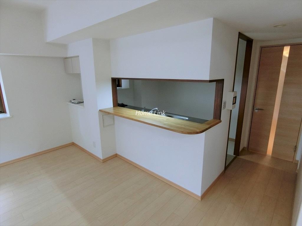 コスモ板橋志村プリオール1階 カウンター付きオープンキッチン