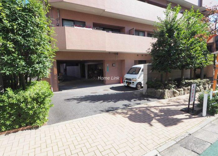 コスモ板橋本町シティフォルム 駐車場出入口