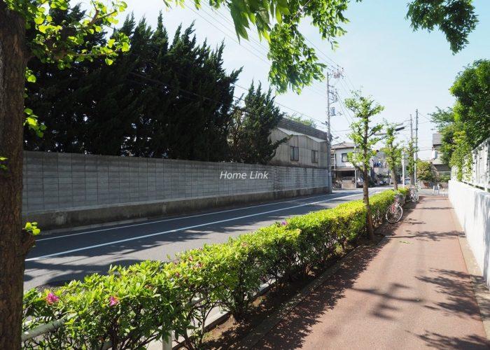 コートハウス城北中央公園 前面道路歩道