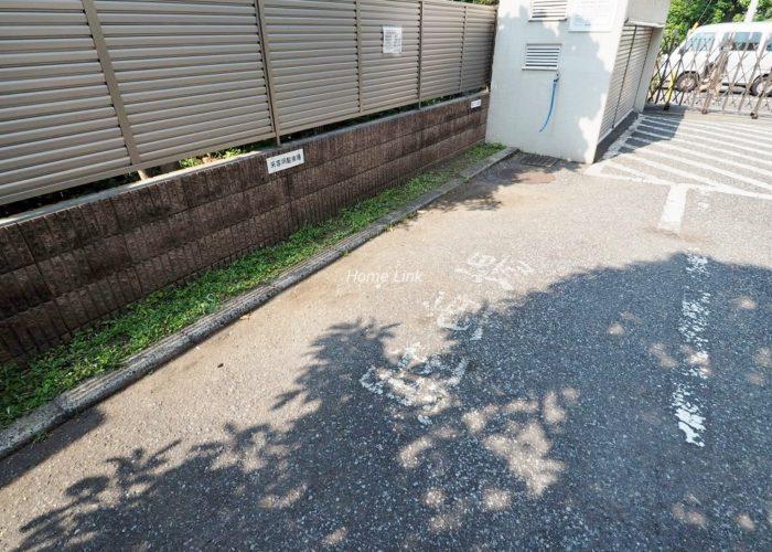 コープ野村志村三丁目 来客用駐車場