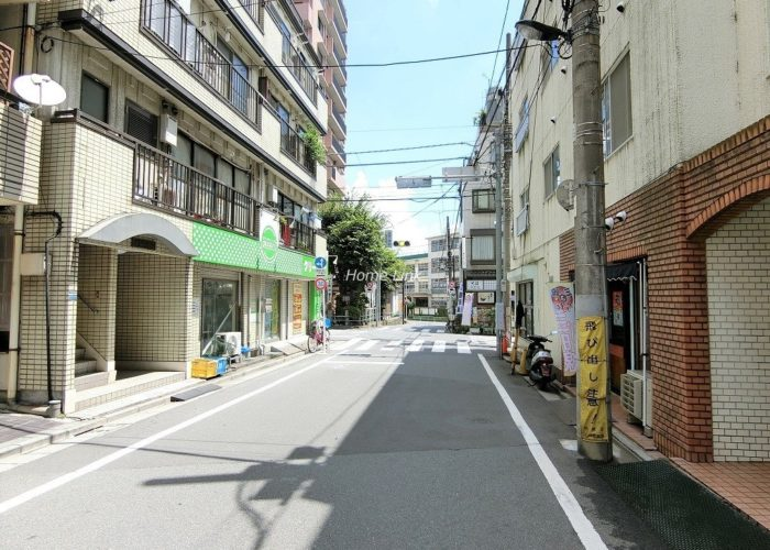 サンライフ本町 前面道路
