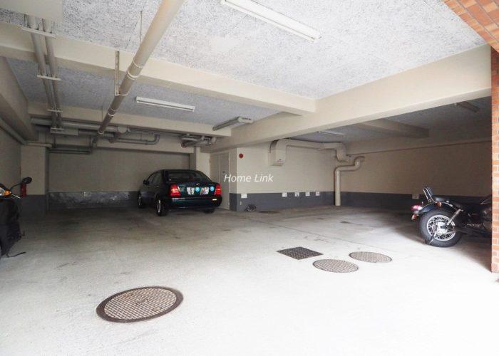 タック中台 駐車場