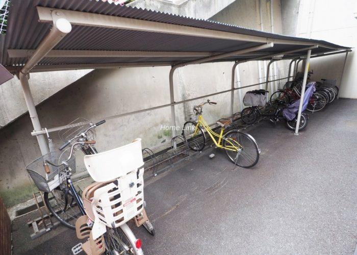 タック中台 駐輪場