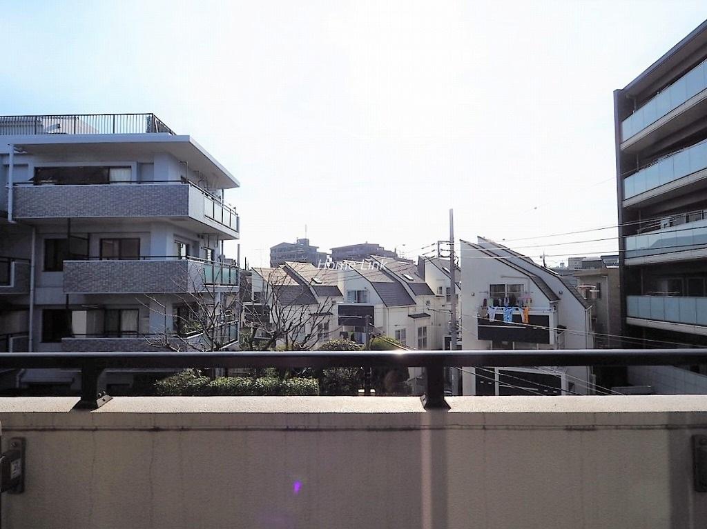 レーベンハイム赤塚公園3階 洋室5.5帖バルコニーからの眺望