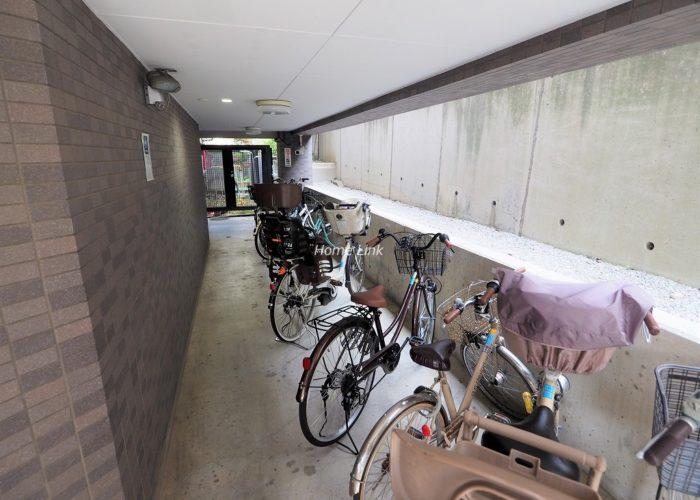レーベンハイム赤塚公園 駐輪場