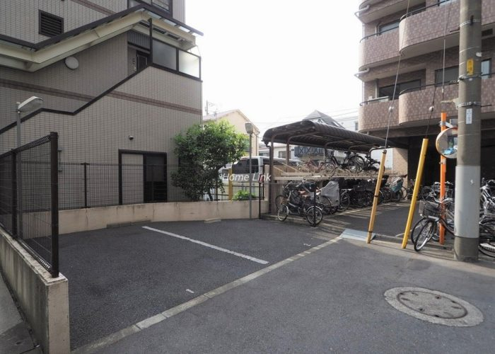日神パレステージ板橋本町第5 駐車場