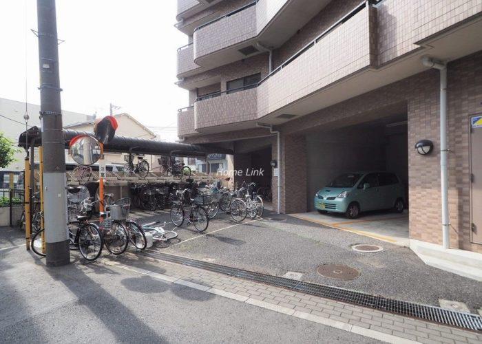 日神パレステージ板橋本町第5 駐車場・駐輪場