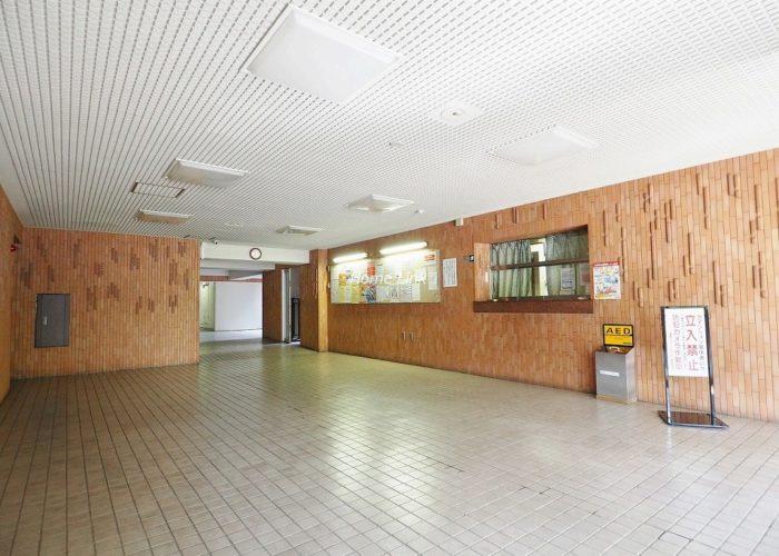蓮根ファミールハイツ1号棟 エントランスホール