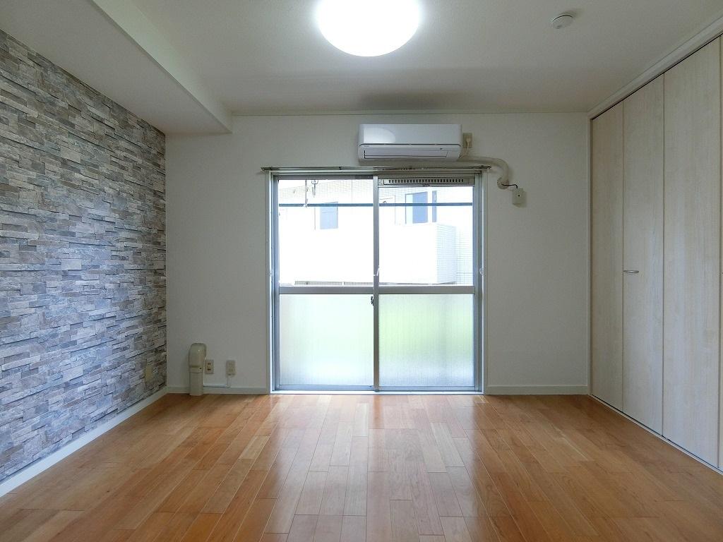 中板橋ローヤルコーポ2階 LD部分床暖房