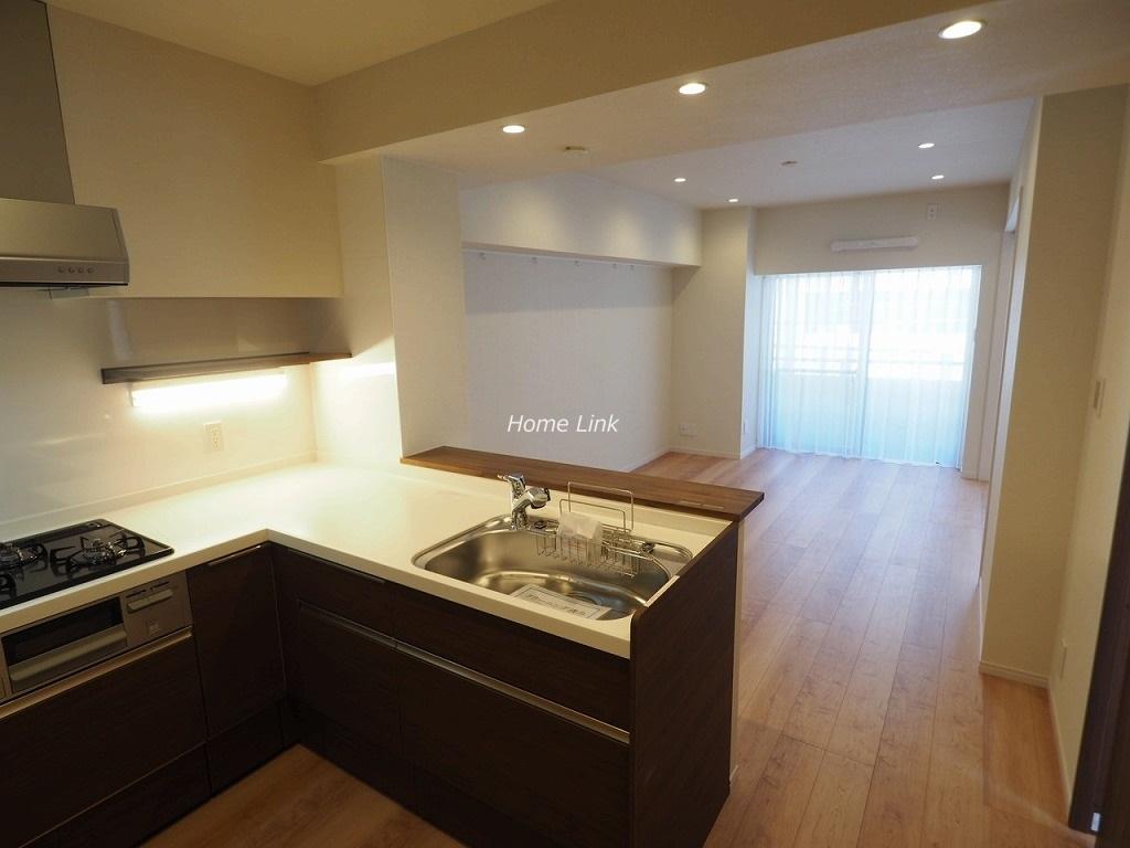 シャロン板橋3階 L字型キッチン