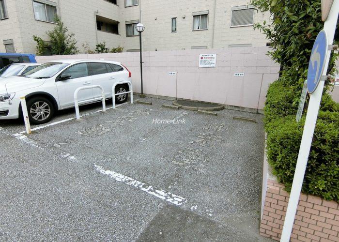 パシフィック小豆沢 来客専用駐車場