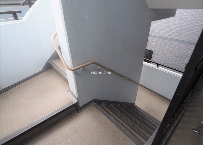 ライオンズマンション板橋赤塚 共用部階段