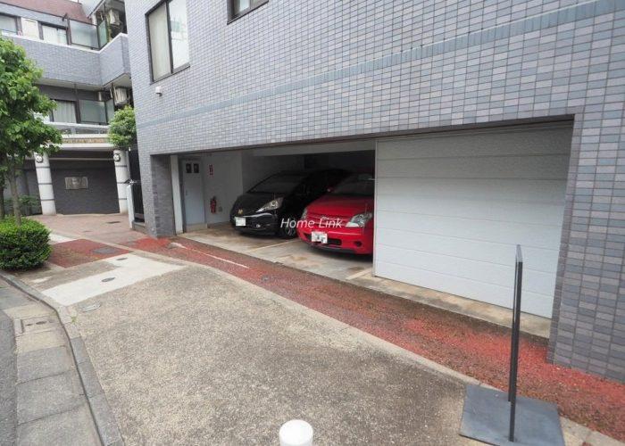ライオンズマンション板橋赤塚 駐車場