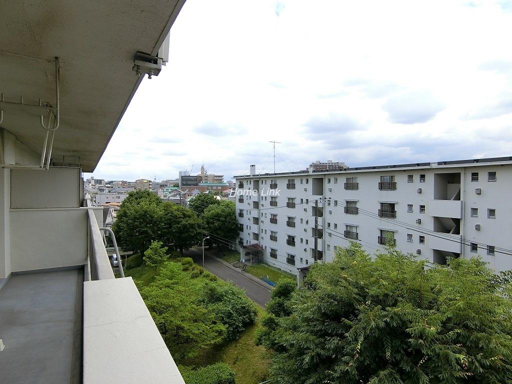 前野台住宅 4号棟5階 バルコニーから開けた眺望