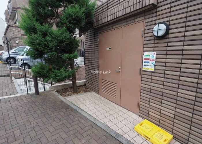 日神パレステージ東武練馬台 西館 ゴミ置き場