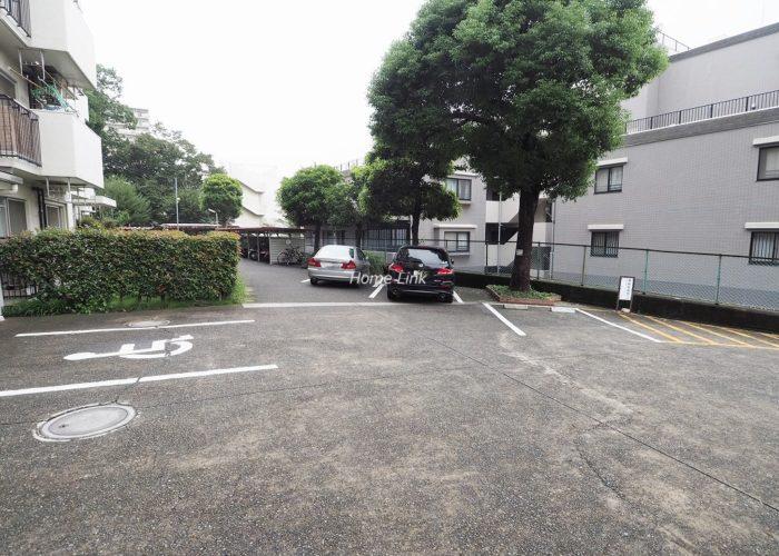 板橋中台マンション 駐車場