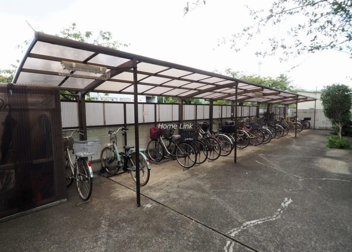 パークハイツ高島平 駐輪場