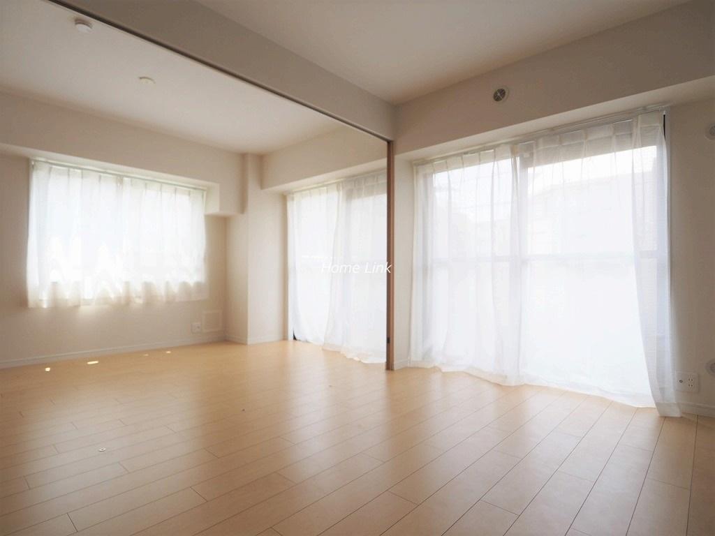ライオンズマンション成増2階 南西・南東向きの光溢れる角住戸