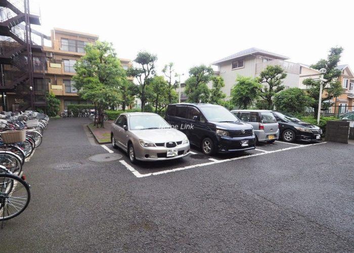 ライオンズマンション成増 駐車場