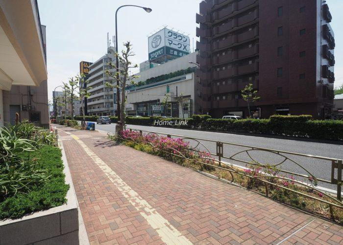 ライオンズマンション赤塚 前面道路歩道