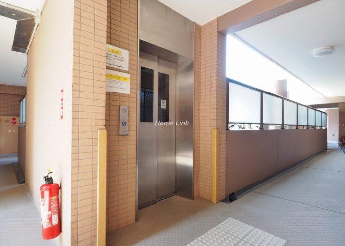 ルピナス赤塚ツインズガーデン壱番館 エレベーター