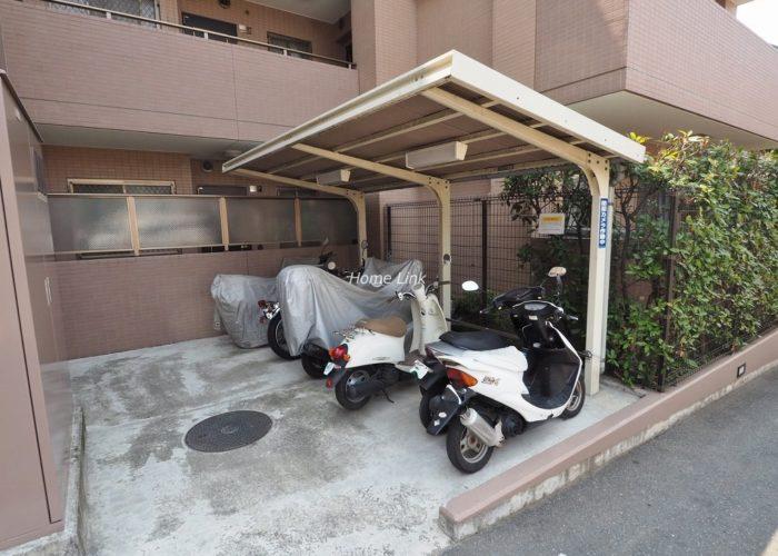 ルピナス赤塚ツインズガーデン壱番館 バイク置場
