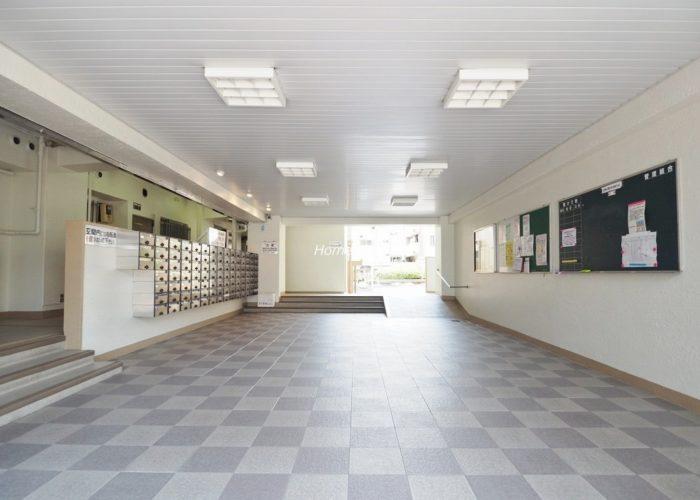東久蓮根ハイツ エントランスホール