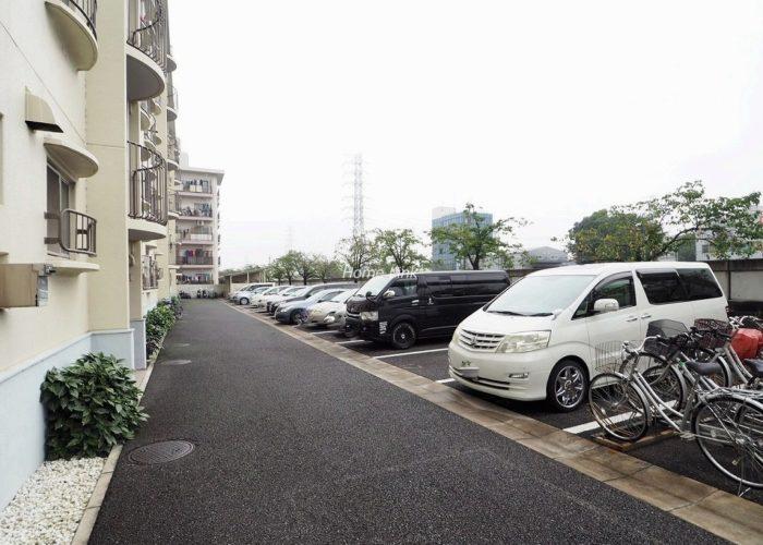 東武高島平サンライトマンション 駐車場
