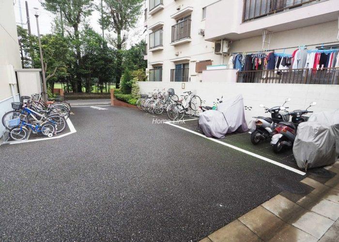 東武高島平サンライトマンション バイク置場