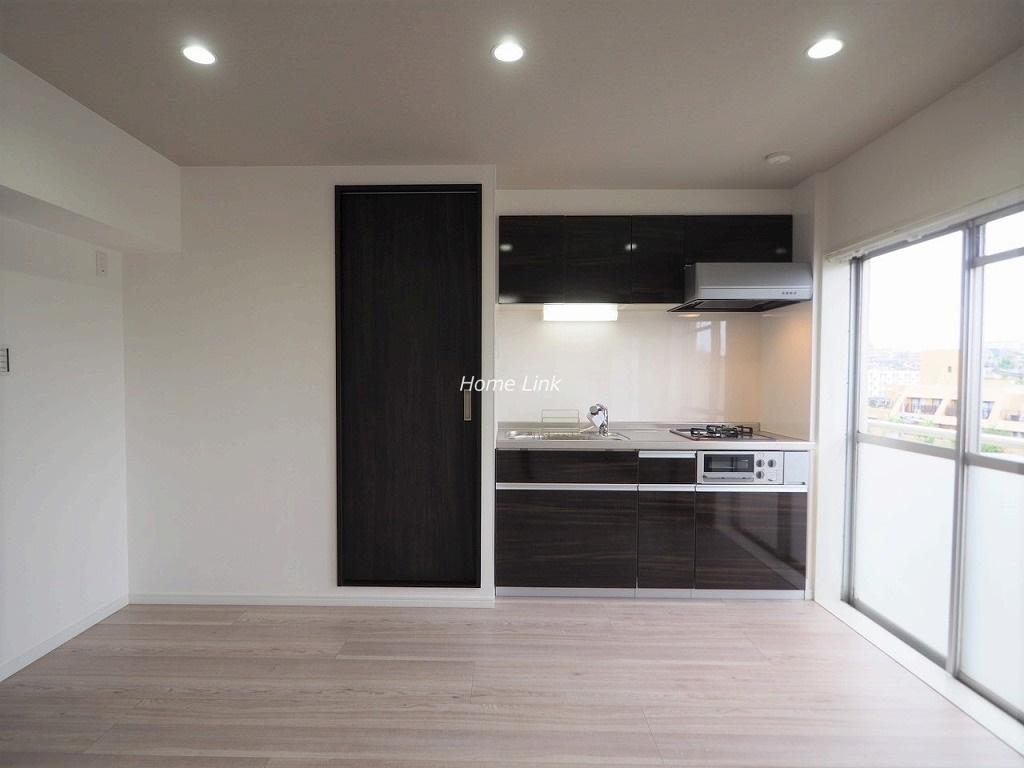 若木住宅 3号棟3階 システムキッチン