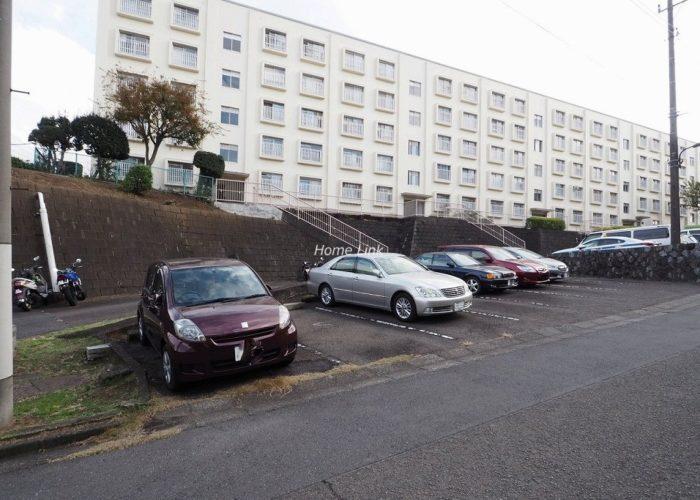 若木住宅 3号棟 駐車場