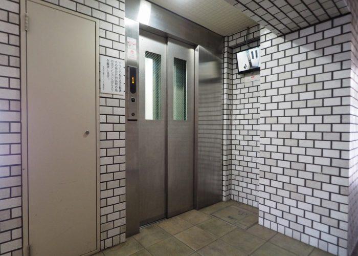 若木原公園サニーハイツ エレベーター