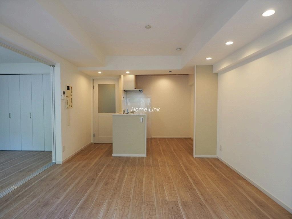 スターロワイヤル常盤台壱番館1階 キッチンの辺りは大幅に間取りを変更