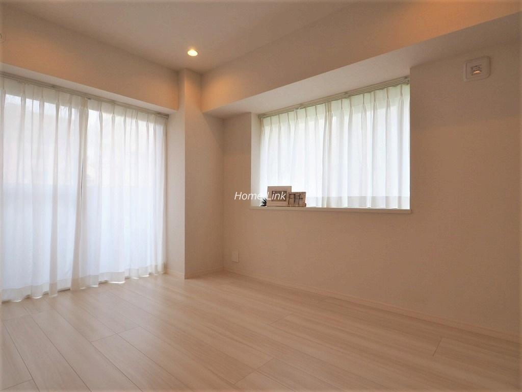 レーベンハイム常盤台南館4階 南西の角部屋で二面採光