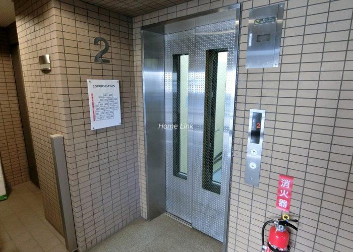 日神パレステージ東武練馬台東館 エレベーター