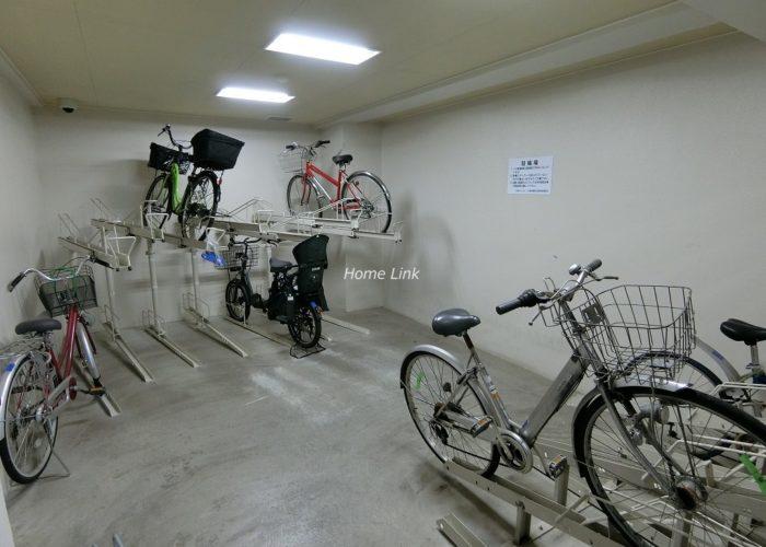 日神パレステージ東武練馬台東館 駐輪場