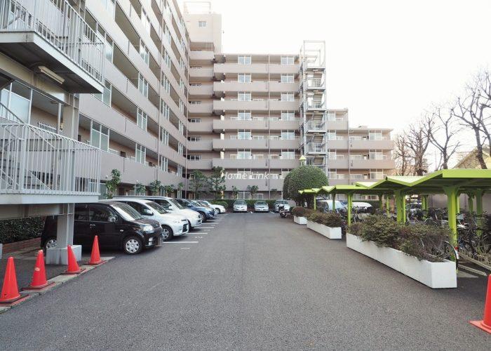 東急ドエルアルス成増 駐車場